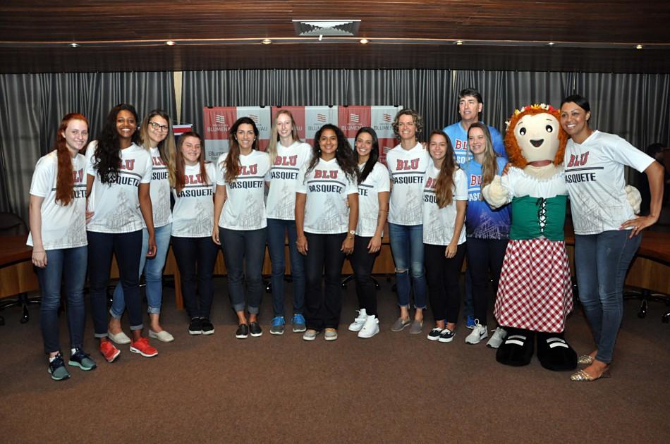 Equipe que vai disputar Liga Nacional de Basquete Feminino é apresentada