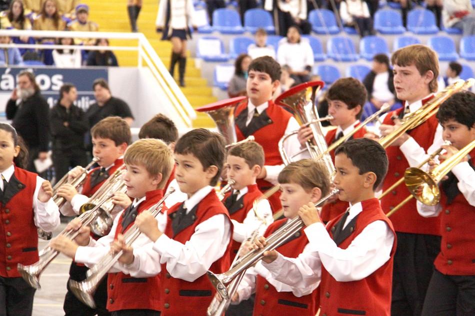 Bandas e fanfarras escolares se apresentarão em praças e terminais