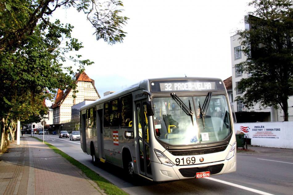 Ônibus terão horários especiais no fim de ano e no mês de janeiro