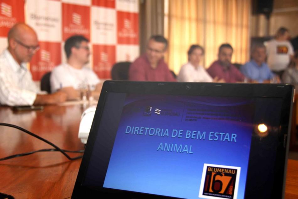 Prefeitura presta contas e apresenta medidas na área de proteção animal