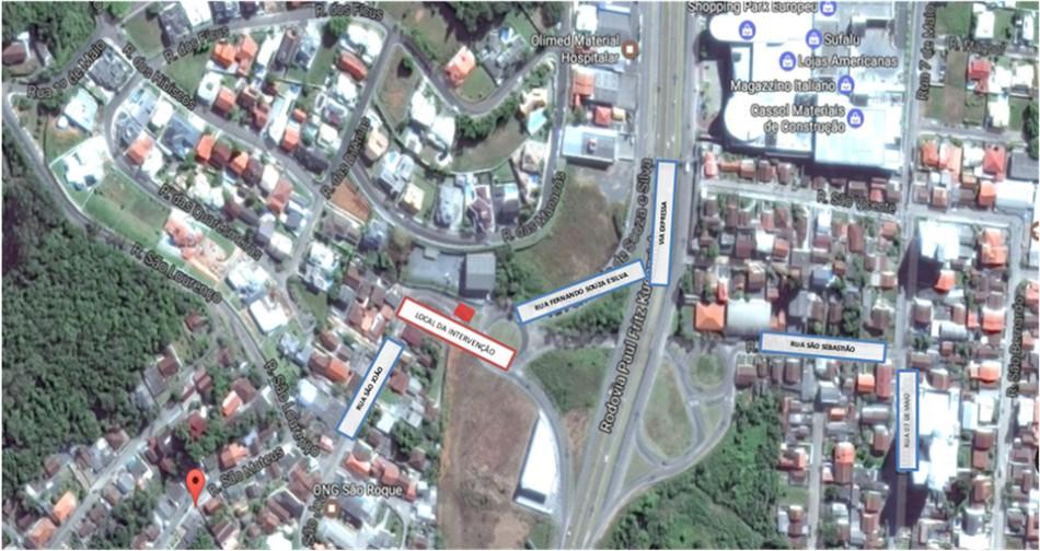 Obras de esgoto alteram trânsito e linha de ônibus no sábado