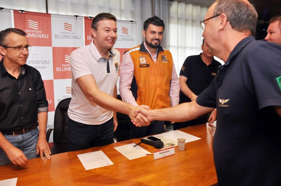 Aeroclube de Blumenau passa a integrar oficialmente o Grac