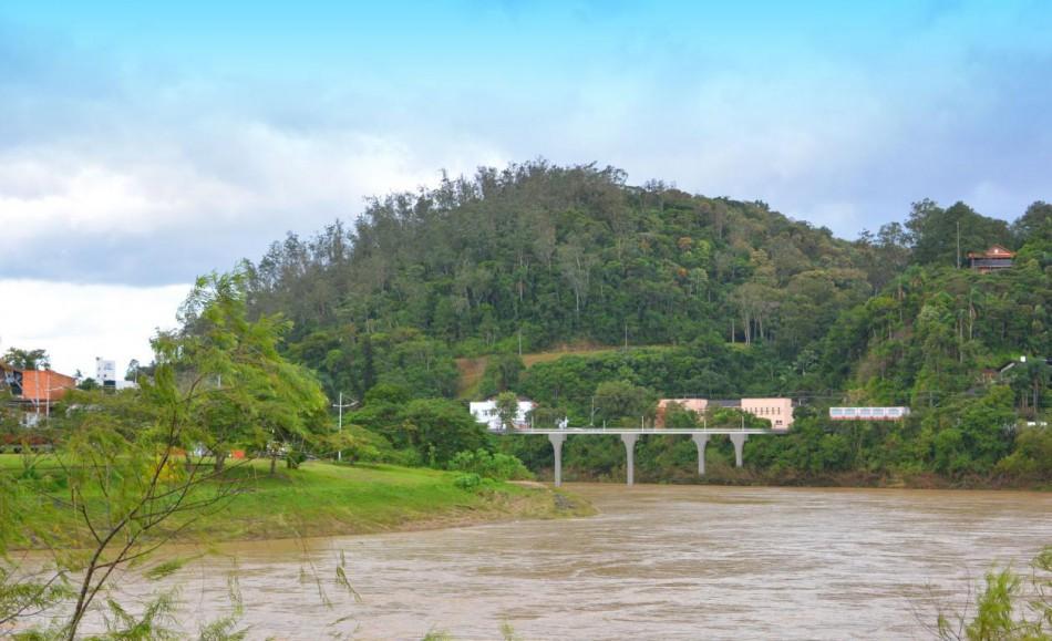 Prefeitura lança edital para construção de ponte entre as ruas Paraguay e Itajaí