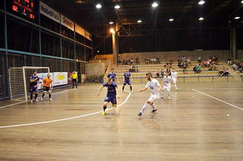 Mais notícias parecidas com Blumenau vence Florianópolis no campeonato  estadual de futsal 70b601e783921
