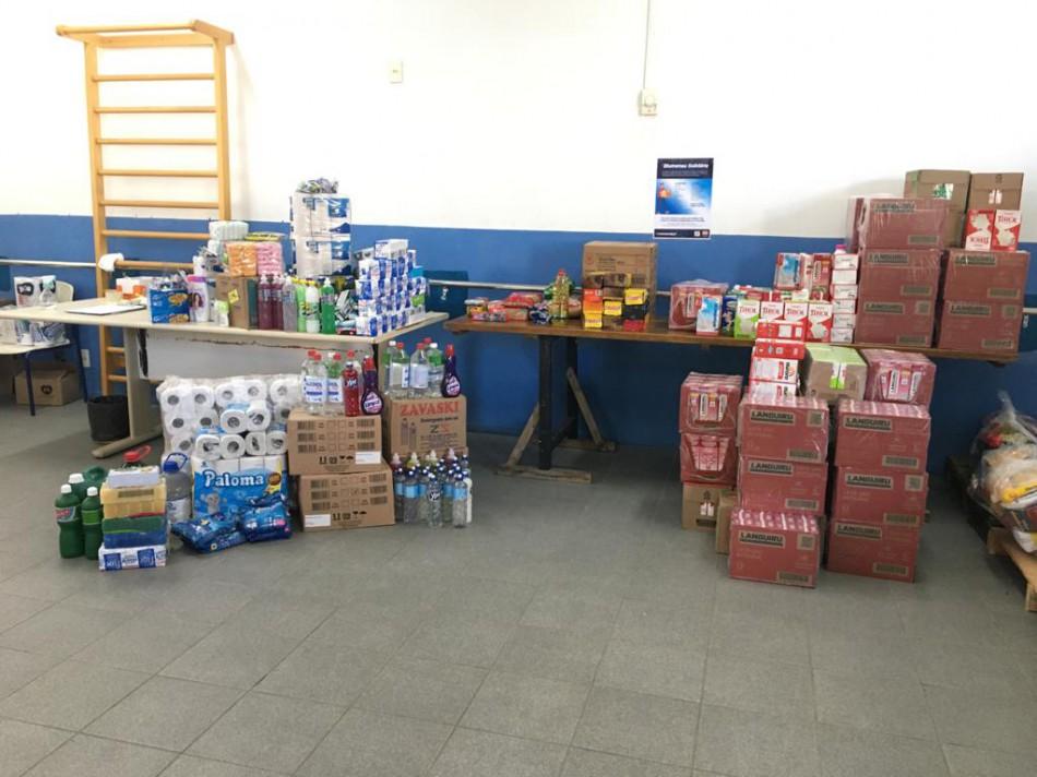 Prefeitura recebe de cooperativa doação de alimentos e itens de limpeza