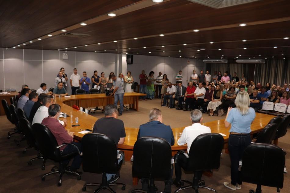 Conselheiros Tutelares eleitos tomam posse em Blumenau