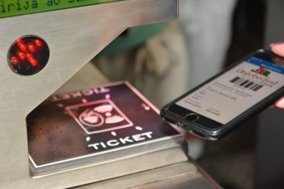 Compra de ingressos para últimos dias da Oktoberfest pode ser antecipada