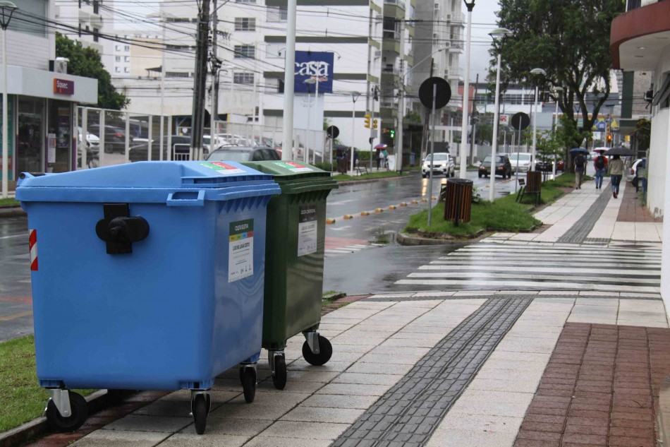 Samae reforça aviso sobre separação correta dos lixos comum e reciclável