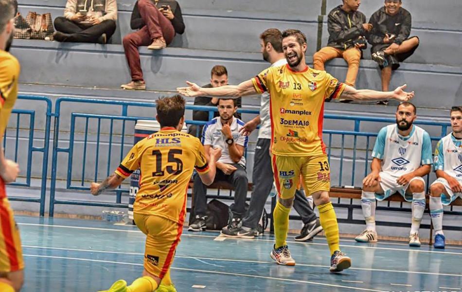 Mais notícias parecidas com Blumenau Futsal vence a segunda seguida pelo  Campeonato Catarinense 54c75a5733353