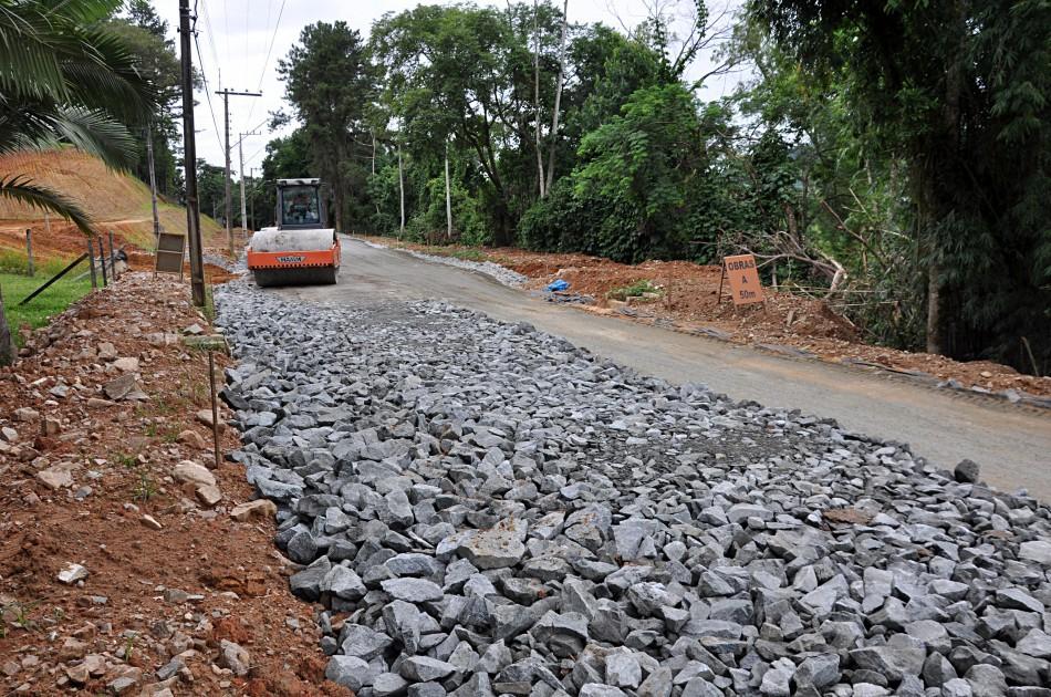 Pavimentação da Rua Arnold Hemmer será alternativa para trânsito da BR-470