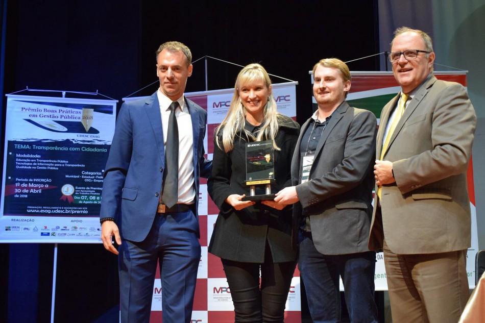 Premiação estadual posiciona Blumenau como referência em gestão