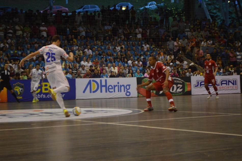 b13e7ae2b4a41 Blumenau encerra sua participação na Liga Nacional de Futsal 2014 ...