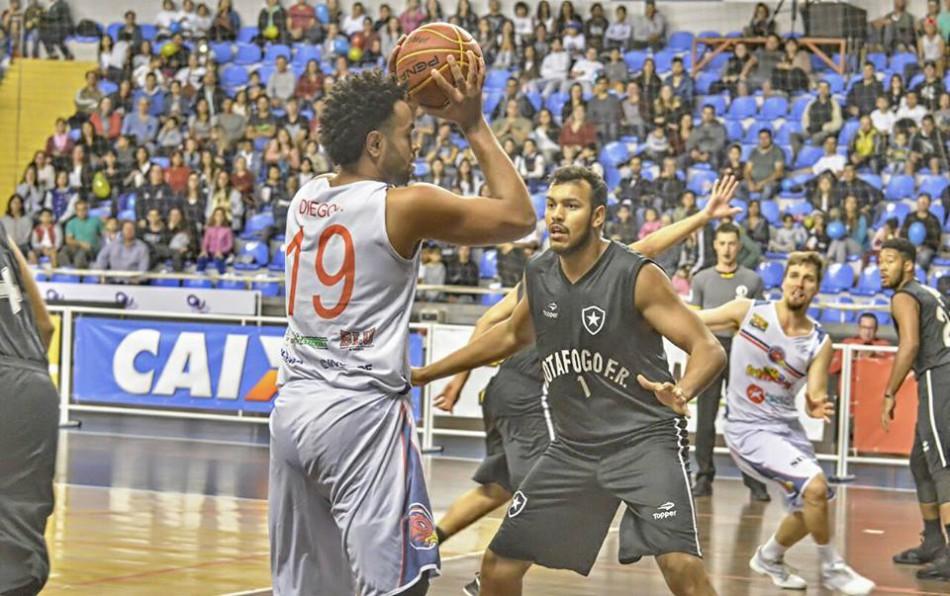 5913e2f73b5cd Basquete enfrenta o Botafogo pela semifinal da Liga Ouro ...