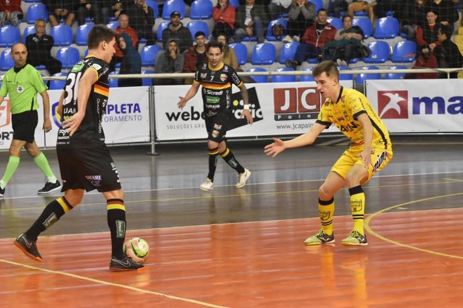 Blumenau Futsal recebe Jaraguá pelas quartas de final do Estadual ... f84ee8cf451c3