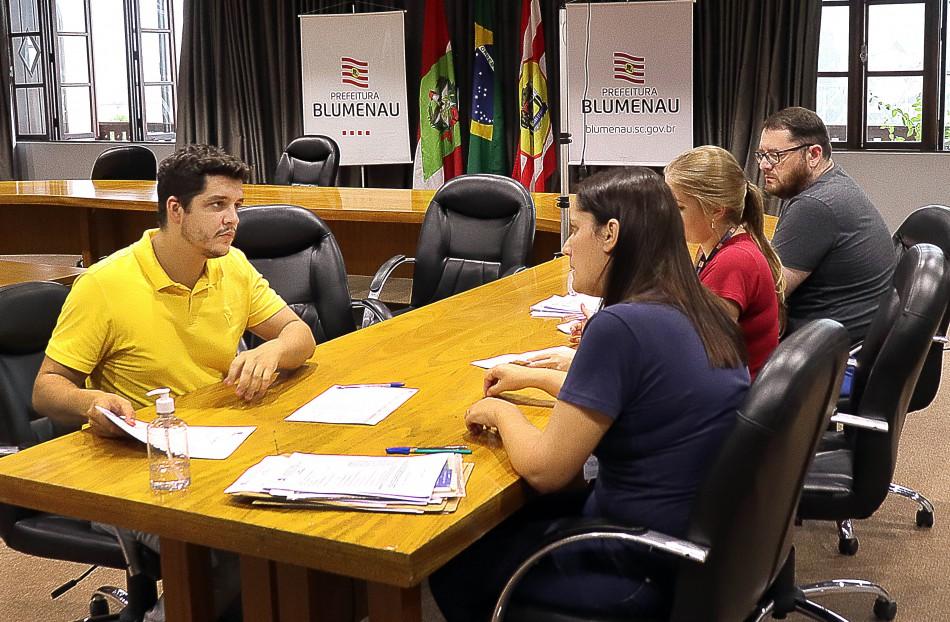 Prefeitura de Blumenau contrata 30 profissionais para a saúde