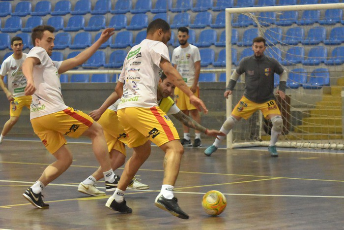 ed5e1113b7 Blumenau Futsal enfrenta Jaraguá nesta sexta-feira pelo estadual ...