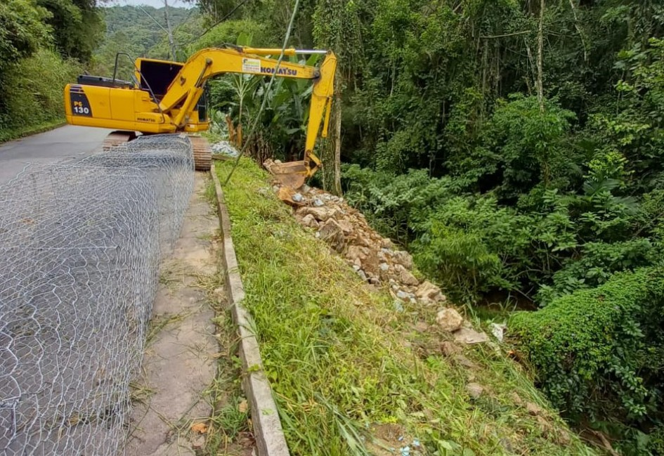 Prefeitura inicia obra de contenção na Rua Ruy Barbosa no bairro Progresso
