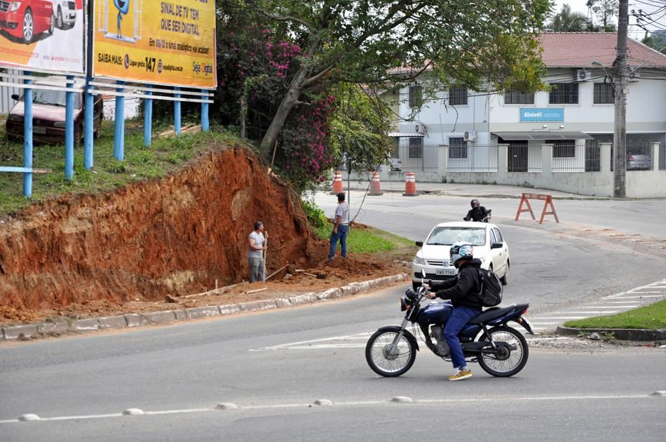 Obras de revitalização da Rua Bahia concentram-se no sentido para Indaial