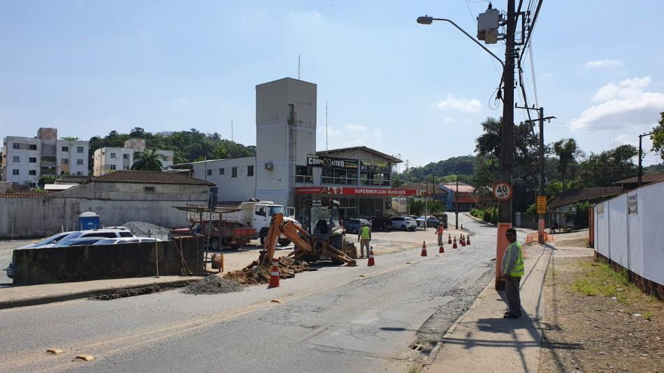 Município inicia obra de revitalização na Rua Franz Volles