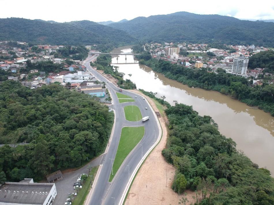 Prefeitura mantém cerca de 20 obras de infraestrutura simultaneamente